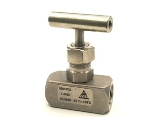 Needle Valve -  Stainless Steel -  1/2 inch with locking screw